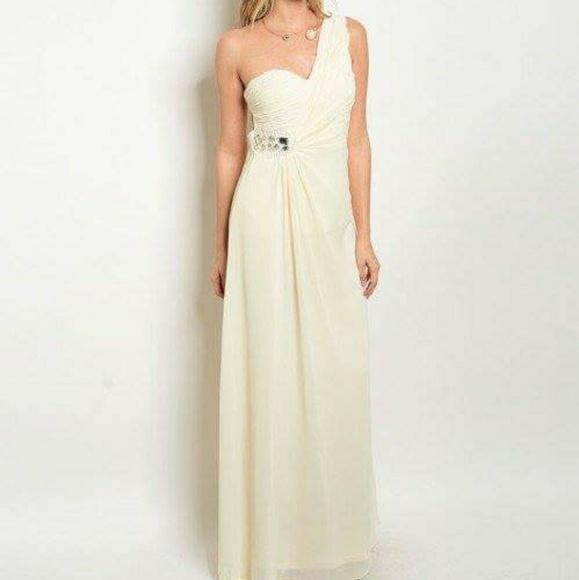 Dresses | Cream Gown | Poshmark